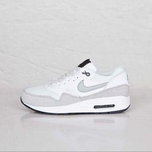 Nike Air Max 1's